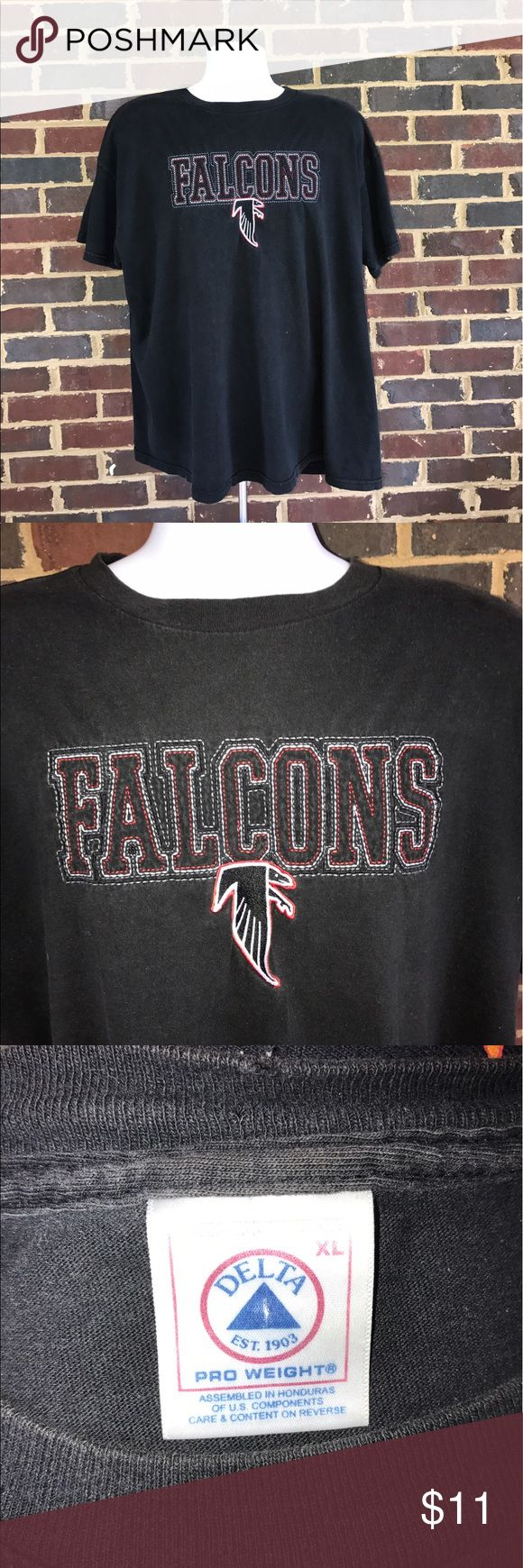 Atlanta Falcons Embroidered NFL shirt Nice Falcons shirt in excellent condition. Fits men's XL. Smoke-free home! Shirts Tees - Short Sleeve
