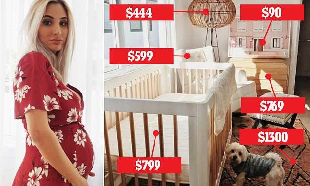 Pregnant fashion designer shows off incredible baby clothes she chose – Daily news and interst