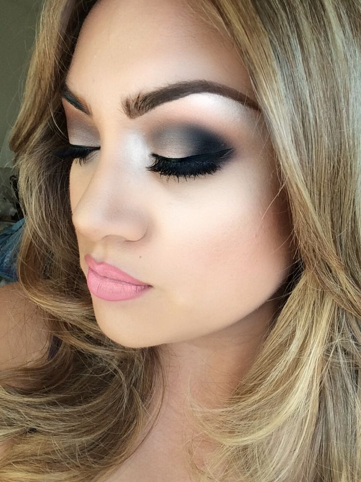 All Makeup S Of Lakme: 77 Best Black & White Makeup Looks Images On Pinterest