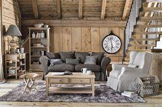 Gemütliches Wohnzimmer im Chalet Stil (Foto: Maison du Monde)