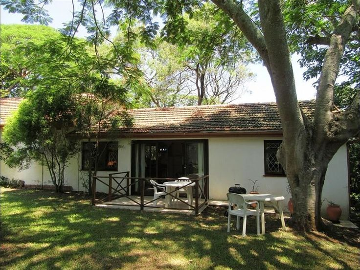 Woodland Cottage - Tranquil and charming, Woodland cottage embraces the best of all world's located in an idyllic woodland setting, with Ramsgate beach conveniently close and main shops within walking distance. Tastefully ... #weekendgetaways #margate #southcoast #southafrica