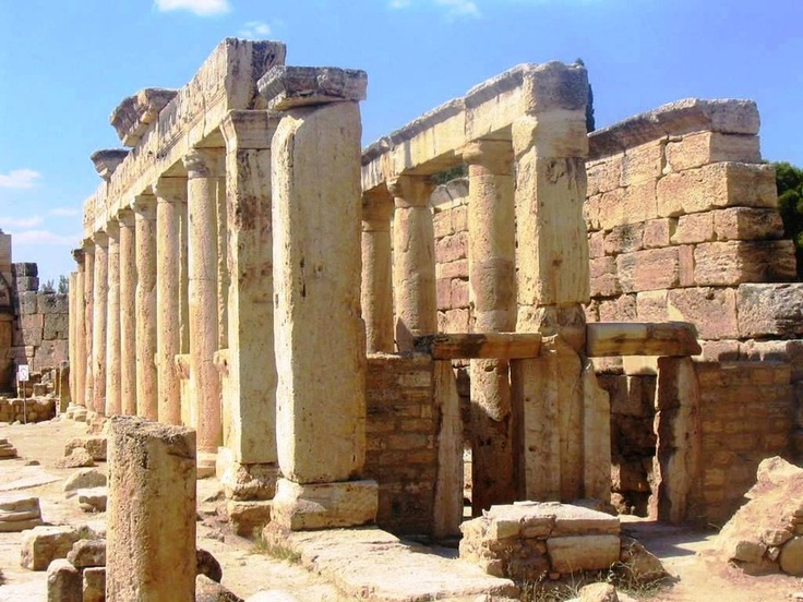 Hierapolis columns in Turkey. I want to go there!