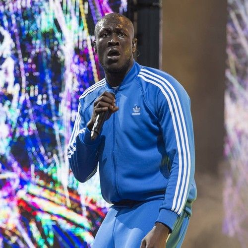 "Stormzy hopes to join legendary list of Mercury Prize winners https://tmbw.news/stormzy-hopes-to-join-legendary-list-of-mercury-prize-winners  British rapper Stormzy is ""honoured"" to be shortlisted for the 2017 Mercury Music Prize as he has the chance to join the legendary names who are past winners.The British grime artist was one of 12 acts named on this year's shortlist for the the prestigious British album prize, earning a nod for his debut album Gang Signs & Prayer.Speaking to BBC6…"