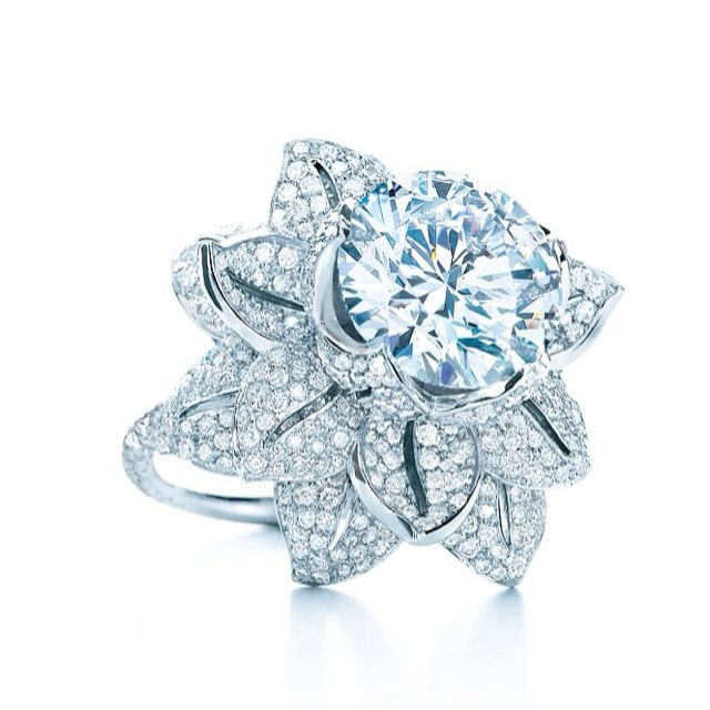 A beautiful tiffany diamond Unbelievable