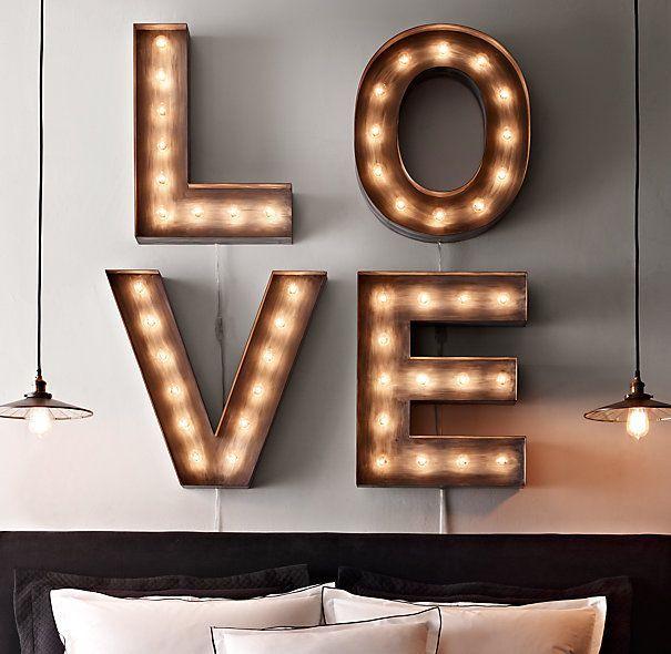 Letras com lâmpadas!