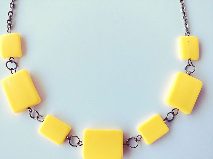 """18"""" Yellow Statement Necklace Silver Tone No Clasp Used Good Condition #Unbranded"""