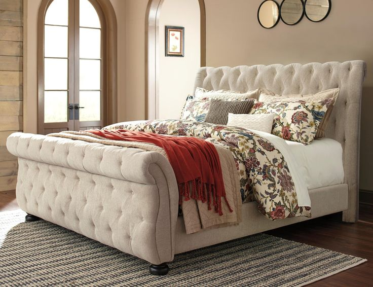 Signature Design by Ashley Willenburg Queen Upholstered Sleigh Bed - Item Number: B643-77+74+98