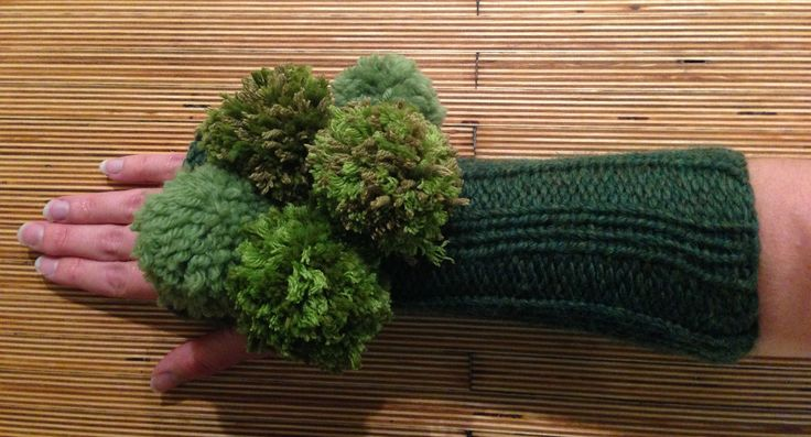 https://flic.kr/p/hnYfFx | photo 3 | hand-knit broccoli halloween costume; right arm warmer