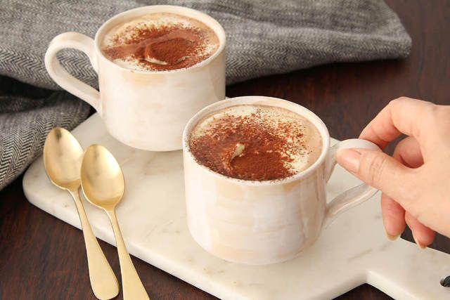 ココアの粉をそのまま牛乳と混ぜるのはng ココア が格段とおいしくなる作り方 アレンジレシピ5選 Dressing ドレッシング レシピ 食通 食べ物のアイデア