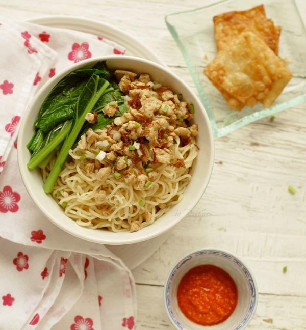 Mie Ayam / Chinese Indonesian Style Chicken Noodles