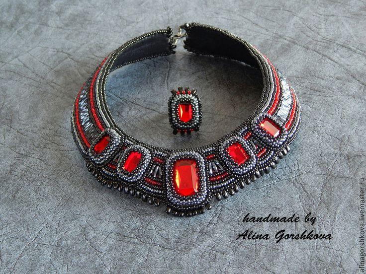 Купить Комплект чокер, серьги и кольцо в египетском стиле - ярко-красный, красный, алый, египет
