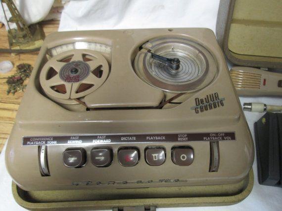 Vintage Grundig Stereoette Tape player Germany Mid by HankiePanky - www.remix-numerisation.fr - Rendez vos souvenirs durables ! - Sauvegarde - Transfert - Copie - Digitalisation - Restauration de bande magnétique Audio - MiniDisc - Cassette Audio et Cassette VHS - VHSC - SVHSC - Video8 - Hi8 - Digital8 - MiniDv - Laserdisc - Bobine fil d'acier - Micro-cassette - Digitalisation audio