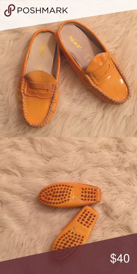 Primigi orange slide on patent leather loafer Slip on orange patent leather loafer. NEVER WORN. Size 29 European Primigi Shoes
