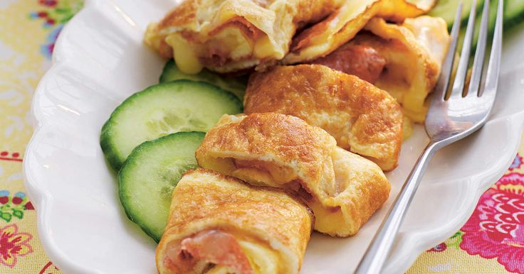 Superenkel omelett som fylls med lagrad ost och salami. 457 kcal/portion
