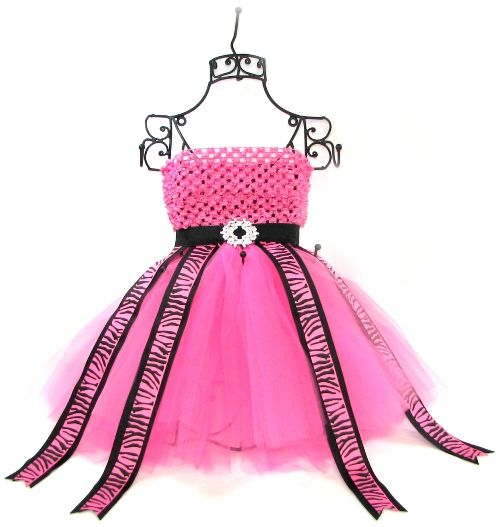 tutorial on how to make this super cute tutu bow and accesory holder