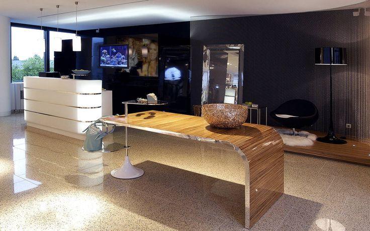 Client: ART TO BE Location: Düsseldorf Design: ART TO BE  Year: 2005 #interior #shopfitting #store #Düsseldorf #retail #design