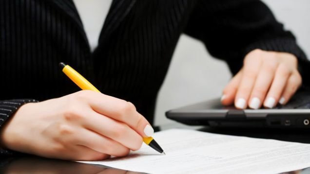 When you're applying for a new job, you often have to write a cover letter to accompany your resume and serve as an introduction to who you are. These letters must be brief yet compelling so you don't require much of the reader but still appear unique. This can be pretty tough, but if you utilize the principles of good storytelling and concise writing you can put together a letter that won't get lost in the pile. Here's how.