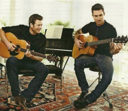 Would LOVE for these two to make an album together!  Adam Levine and Blake Shelton