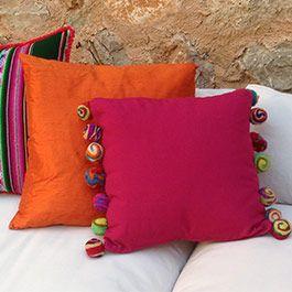 Color Tulmas cushion