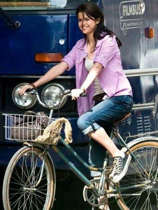 selena gomez monte carlo movie photos   Selena-Gomez-Katie-Cassidy-Monte-carlo-Movie-2011-150x150.jpg