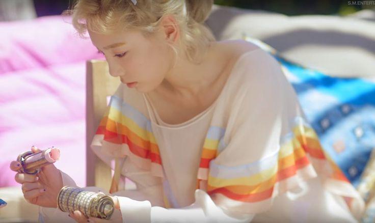 rainbow silk wear by Taeyeon via @weweartodayID