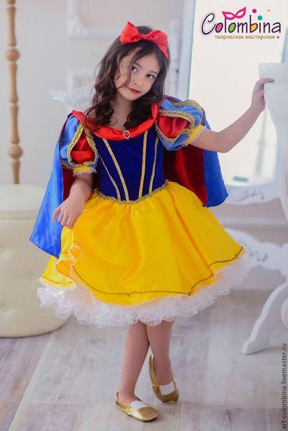 Купить или заказать Костюм Белоснежки в интернет-магазине на Ярмарке Мастеров. карнавальный костюм Белоснежки для девочки комплектация: платье, плащ, бант 134-146+300…
