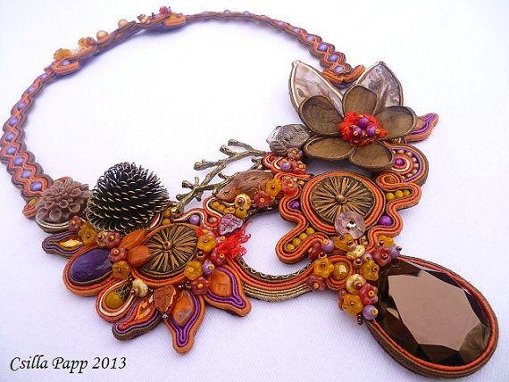 Fall Soutache Halsband in Gold Rost lila braun coloures mit handgefertigten Perlen acrystals Unikat Halskette handgefertigten Schmuck