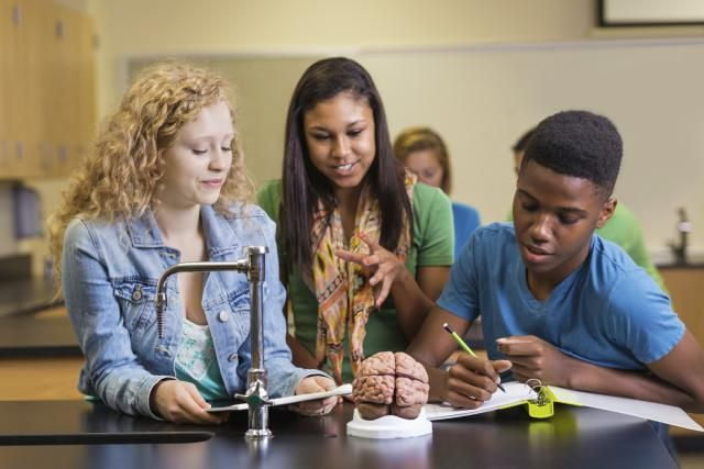How to Use Your Sophomore Year to Improve College Preparations