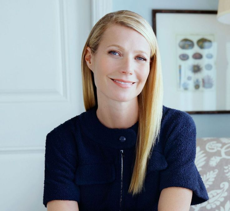 Gwyneth Kate Paltrow was born on September 27, 1972, in Los Angeles, California. The daughter of Tony Award-winning actress Blythe Danner and television producer Bruce Paltrow, Paltrow grew up no s…