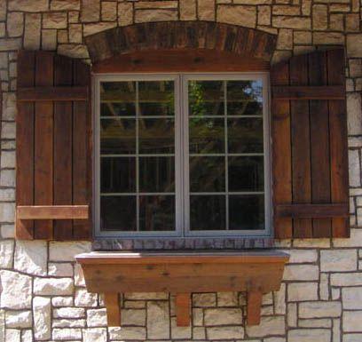 Производим отличные деревянные ставни на окна.