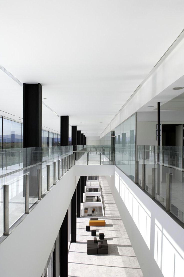 Mollet Hospital | lighting.eu