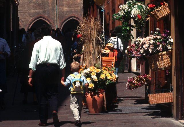 Cosa vedere a Bologna con i bambini? Angoli curiosi, musei, laboratori, parchi e palazzi per visitare la città con grande divertimento per tutta la famiglia