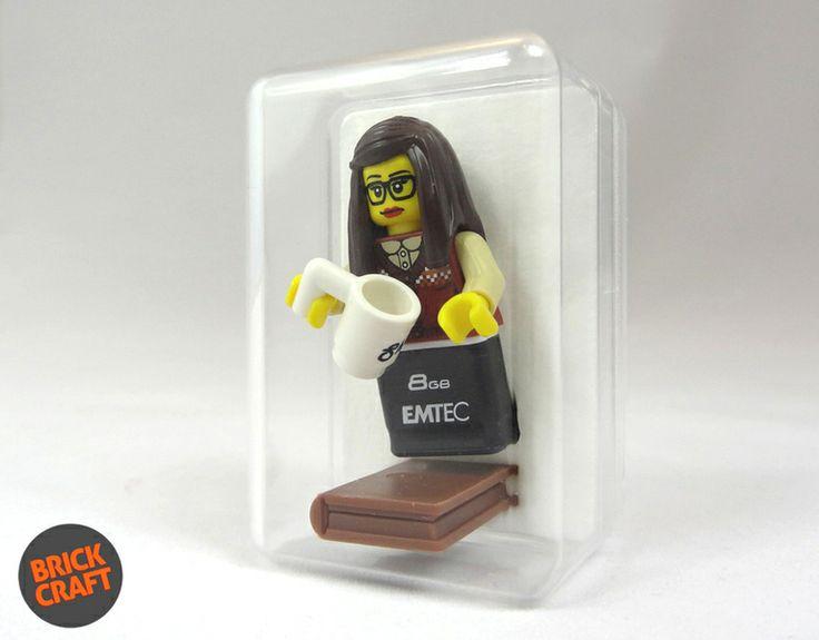 Geek Girl 8GB USB w BRICK CRAFT  na DaWanda.com #Geek Girl #Pendrive 8GB #USB #lego #flash #librarian #pendrive #minifigures #handmade #brick-craft http://pl.dawanda.com/shop/brickcraft
