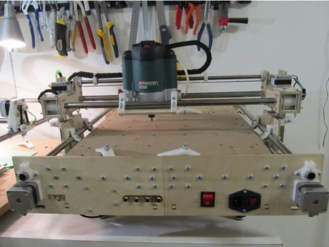 "CNC milling machine ""Minimax"" by Vladimir_Trondin - Thingiverse"