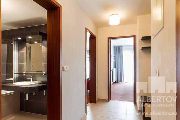 Albertov Rental Apartments bietet kurzfristige Vermietung der voll ausgestatteten Wohnungen - sog. Appartements. Nutzen Sie alle Vorteile der kurzfristigen Vermietung einer Wohnungen im Areal Albertov Rental Apartments Areal, das sich im Stadtzentrum befindet. Die kurzfristige Vermietung in Albertov Rental Apartments bringt Ihnen viel mehr Gemütlichkeit und Komfort als jedes Hotel. Telefon Rezeption: (+420) 236 071 000. E-mail: recepce@albertov.eu…