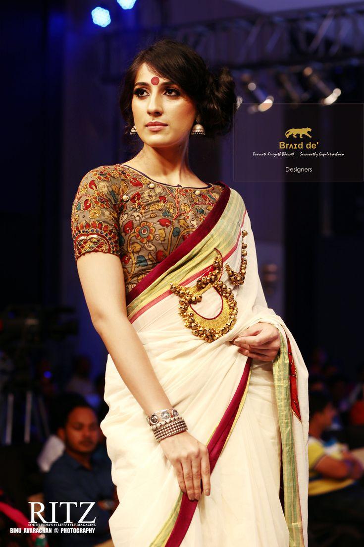 Brʌɪd de' - Paarvati Kiriyath Bharath * Saraswathy Gopalakrishnan  Kerala Sari Collection