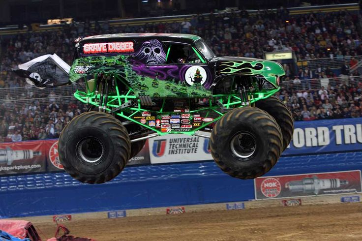 grave digger monster truck upcoming million fathers club events disney on ice and monster jam. Black Bedroom Furniture Sets. Home Design Ideas