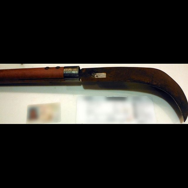 No biscuits and mustard were discovered with this Kaiser blade. It was found in a carry-on bag at the George Bush Intercontinental Airport in Houston (IAH). Kaiser blades (some folks call them sling blades) are prohibited in carry-on bags. If your travels require that you bring your blade, please pack it in your checked bag. #TSATravelTips #Mhm