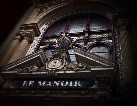 Enter Le Manoir de Paris and see Paris as never before.  Follow our unique and scary indoor tour, where history haunts you as the mysteries and legends of Paris are brought to life.
