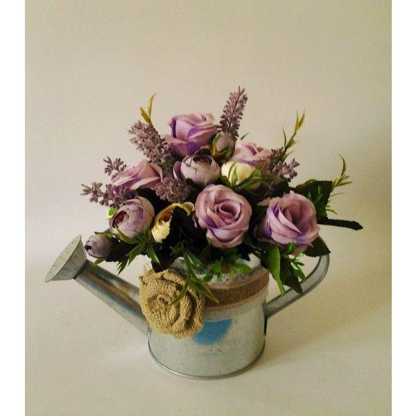plechová konvička s ružami a levanduľou 20 x 30 cm
