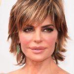 35 Short Hair for Older Women (20