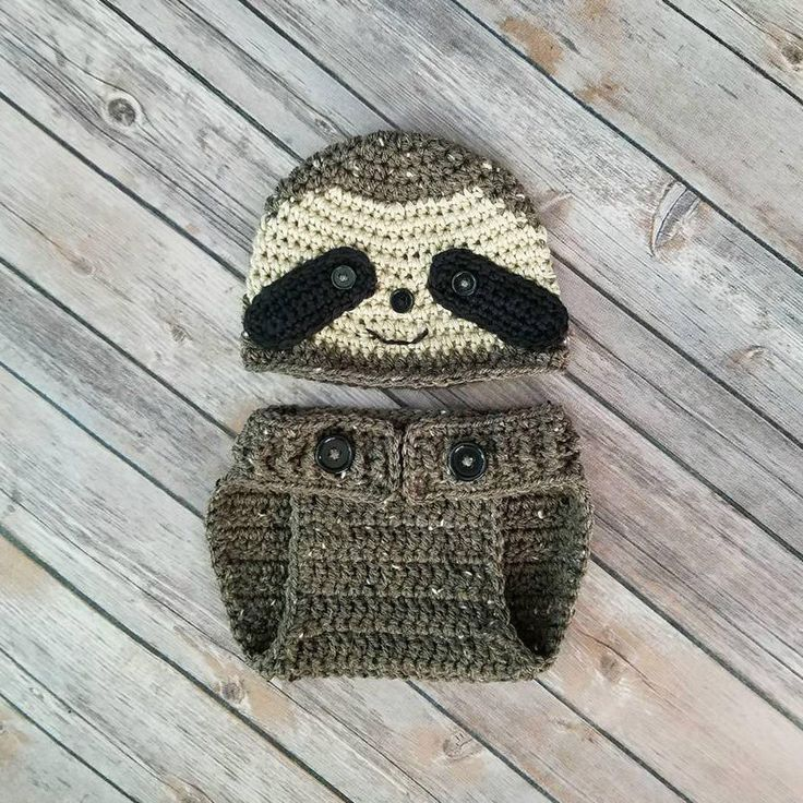 Baby Sloth Outfit, Sloth Costume, Baby Haloween Costume, Baby Shower Gift, New Mom Gift, Sloth Set, Sloth Hat, Sloth Baby, Halloween Costume by BabyBaumBoutique on Etsy https://www.etsy.com/listing/484881443/baby-sloth-outfit-sloth-costume-baby