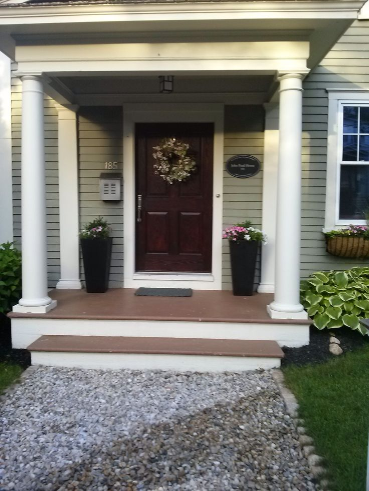 Every morning I look forward to walking by this front door...it just makes me happy. Simple yet elegant.