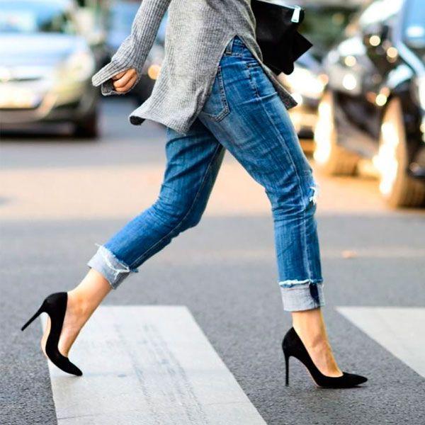 Aprenda de uma vez por todas a andar de salto Ep. III | Como andar de salto, Ideias fashion, Jeans boyfriend