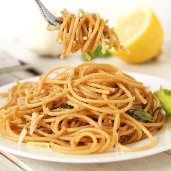 Whole Wheat Lemon Garlic Spaghetti - Texanerin Baking
