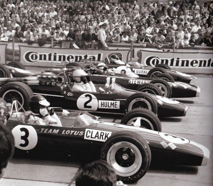 Jim Clark, Denny Hulme, Jackie Stewart and Dan Gurney (Nürburgring, GP Germany, 1967)