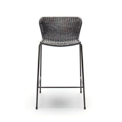 Designed by Yuzuru Yamakawa, this OutdoorCounter Stool features a sleek black powder coated frame, available with the options of a Rattan shell or a Polyethyle