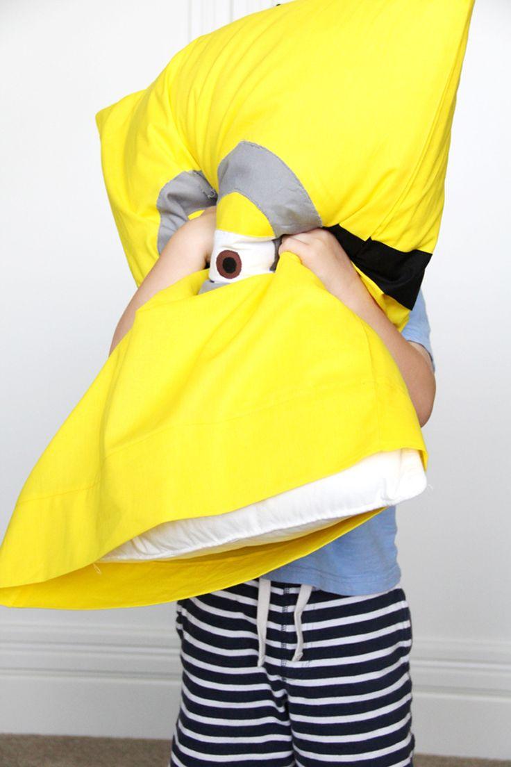 Minion Pillowcase DIY
