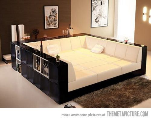 Pit couch, I would never leave…