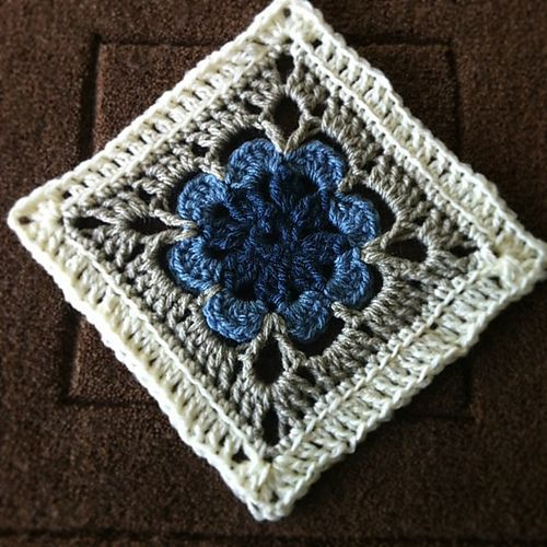 Ravelry: Project Gallery for Just Peachy Blossom 6×6 pattern by Donna Mason-Svar…